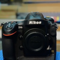 Kamera Nikon D4S Body Only Like New In Box [SECOND]