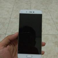 Xiaomi Mi5 3/32 Gb