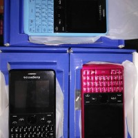 strawberry asha 210 mirip nokia asha210