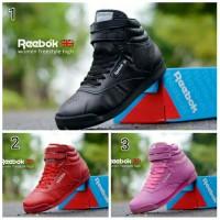 harga Sepatu reebok woman tinggi boots sport murah Tokopedia.com