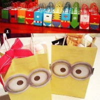 Gable Box / Paper Bag / Tas Souvenir / Favor Box - Minion / Superhero