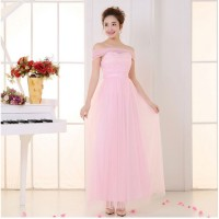 Gaun pesta panjang model berlengan model simple warna pink muda