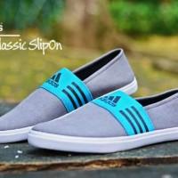 Sepatu Slip On Santai Pria Adidas Classic - FREE 1PASANG KAOS KAKI #1