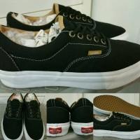 Sepatu Skate Vans Era California Classics Black White