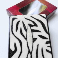 dompet pria kulit asli ikan pari model bifold motif zebra