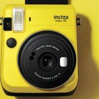 Fujifilm Instax Camera Mini 70 Yellow 70 Kuning