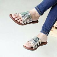 Sandal Sendal Teplek Santai Jalan Salur Strip Silver