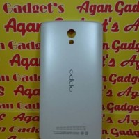 Casing Belakang, Backdoor, Backcover Oppo R815 /Fine Clover