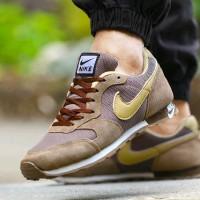 Sepatu Kets Pria Murah Nike MD Runner Vietnam CA22