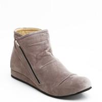 Sepatu casual wanita/semi boot/boots fav misty