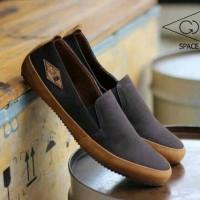 Jual Sepatu casual Pria/ Sneakers Cowok/kuliah/santai/GDSN Space coklat Murah