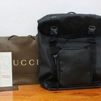 JUAL GUCCI GG SUPREME CANVAS BACKPACK LARGE BLACK MIRROR QUALITY