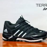 Sepatu Murah Pria Adidas Terrex Boost Men, Sport Running, Free Kaos Kaki