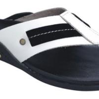 Sandal Kulit Cowok / Sandal Pria Cibaduyut Hitam Putih Catenzo Kn 064