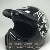 Helm Retro Cakil Hitam Gloosy Steve The Legend
