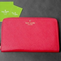 Kate Spade Mikas Pond Travel Wallet Pillboxred