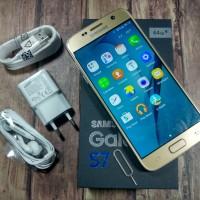 Smartphone Android ( Slim Desain ) SAMSUNG GALAXY S7 GAYA & LIFE STYLE