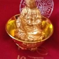 Patung Dewi Kwan Im (Kuan Yin) Bersila Memegang Kendi (kecil 1)