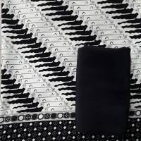 kain batik rejeng hitam putih / batik tradisional