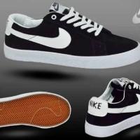 harga sale diskon gedee !! sepatu nike sb blazer sporty sneakers olahraga 3 Tokopedia.com
