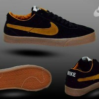 Nike sb blazer man hitam list brown
