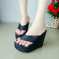 Sandal Wedges. Sandal Wanita
