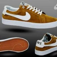 Jual Sepatu Nike Sb - Beli Harga Terbaik  eb7e856d77
