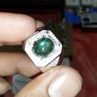 harga Natural Green Sapphire Star Corondum Bangsing Star bi Colour Tokopedia.com