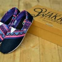 harga Sepatu Santai Slop Wakai Motif Batik Tokopedia.com