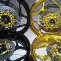 harga Velg axio pnp byson.. bisa double disc warna gold & black Tokopedia.com