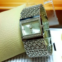 Jam Tangan Wanita / Cewek Guess Merica Diamond Rantai