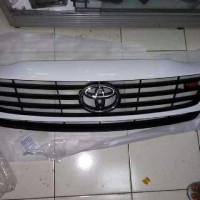 Grill Toyota Fortuner TRD (Original Toyota)