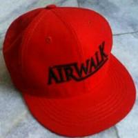 Topi / Hat / Cap snapback Airwalk - Merah