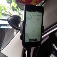 Jual Premium Holder Mobil / Universal Mobile Car Holder 4.5 - 5.7 inch Murah