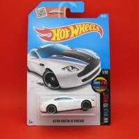 Hot Wheels Aston Martin V8 Vantage (56|2016)