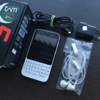 Blackberry Q5 White Fullset TAM