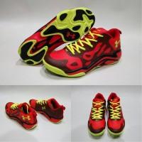 Sepatu basket Under Armour Anatomix Spawn Low Red
