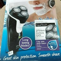 Shaver Philips Aquatouch AT610 Wet & Dry (Rechargeable)