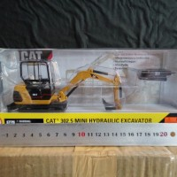 Die Cast CAT 302.5 Mini Excavator Skala 1 : 32