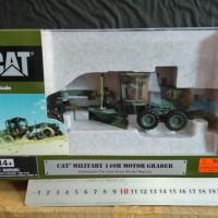 Die Cast CAT Motor Grader 140H Military Skala 1 : 50