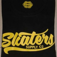 kaos/t-shirt/oblong SKATERS