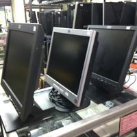 """Monitor Lcd 15"""" Kotak"""