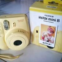 Kamera FujiFilm Instax Mini 8 Yellow - Kamera Instant Instax Mini 8
