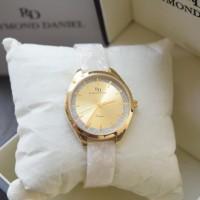Raymond Daniel RD 240 Gold White Ladies / Alexandre Christie