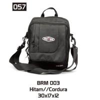 Tas Bodypack Selempang Pria Hitam Cordura Kecil Simple Treking BRM 003