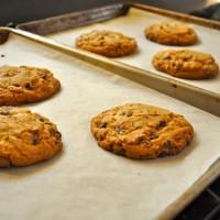 Baking parchment kertas loyang bakar u/ roti kue cake & cookies jerman