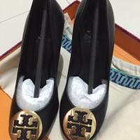 Sepatu Tory Burch Sally Wedge Black Gold Sz 5.5, heel 9cm/3.5 in BNIB