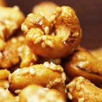 Kacang Mede Wijen Diet (Pelengkp kue lebaran or buka puasa)