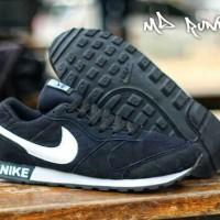 Sepatu Kets Pria Termurah Nike MD Runner RB17
