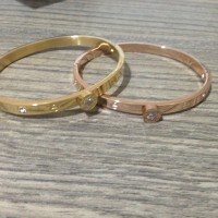 Gelang Cartier Love series one diamond